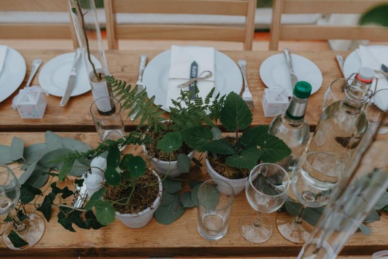 Wedding photographers devon robert and rebecca parracombe 333-1