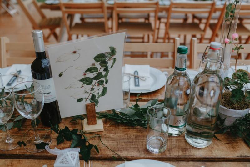 Wedding photographers devon robert and rebecca parracombe 335-1