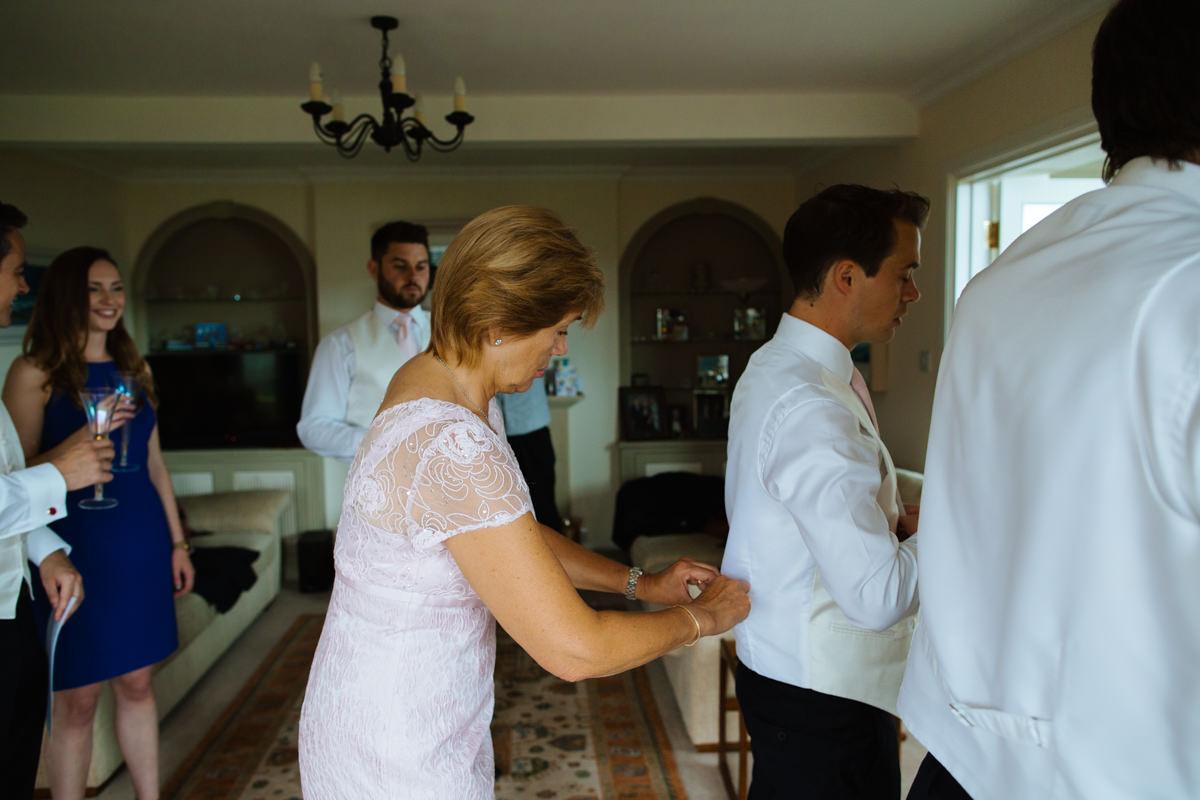 this devon groom is getting ready for his Dittisham wedding