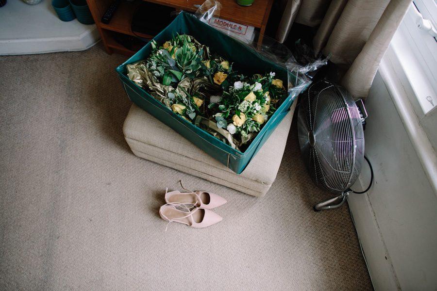 wedding flowers and wedding shoes for wandsworth wedding