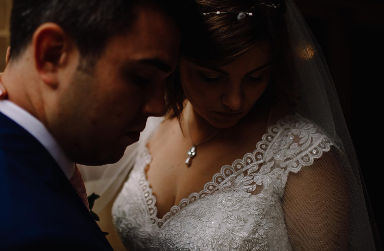devon wedding photographer COOMBE LODGE WEDDING ZOE & JOE
